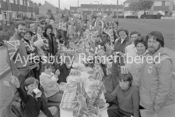 Lancaster Road Jubilee party, June 1977