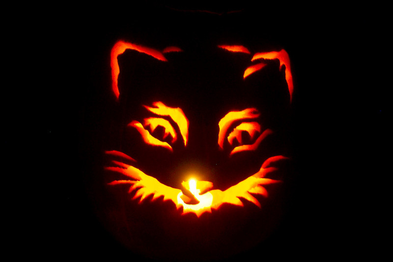 October 2003 - Judy and Wayne give Patti a fancy pumpkin carving kit, and she goes to work.