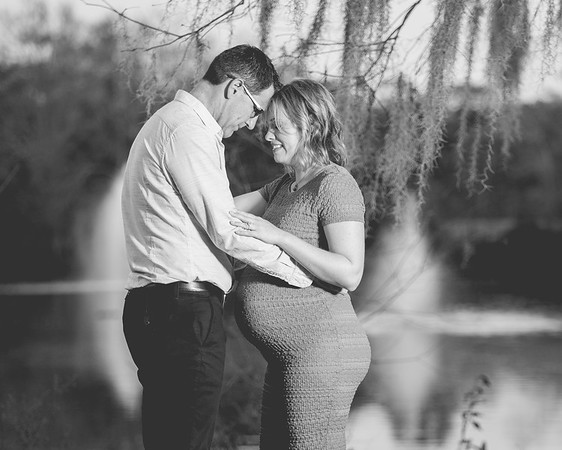 Beth and Art - Maternity Photo Shoot