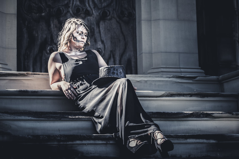 2017 Halloween Spooky Glamour Photography Meetup - Metairie Cemetery