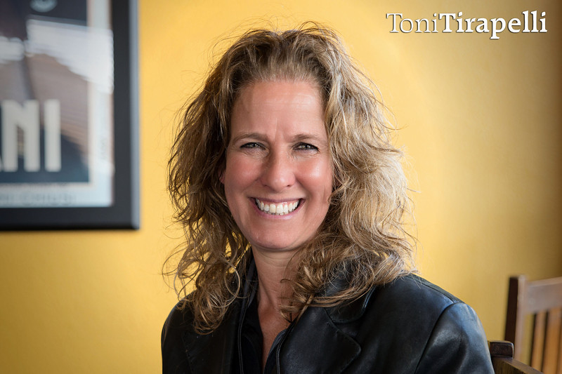 Toni Tirapelli Speaking at Successful Thinkers, Elk Grove, Meetup