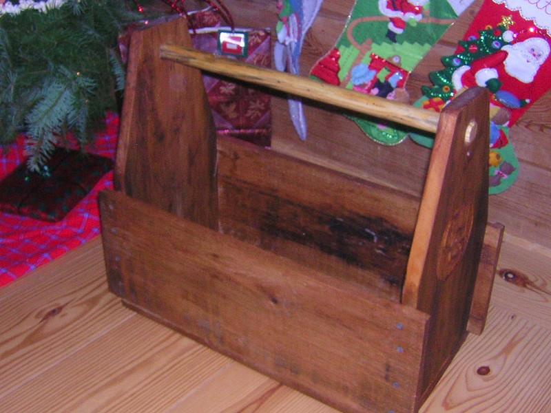 Evan's olive wood Garden Carry-all gift to Aunt Claudia Dec2005