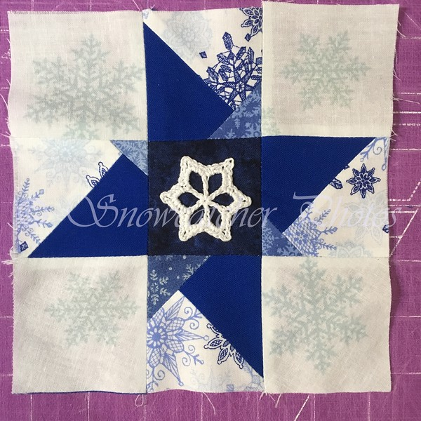 Mini Monarch Park Snowflake on Modified Plus Block (Wonky Star/Nine Patch)