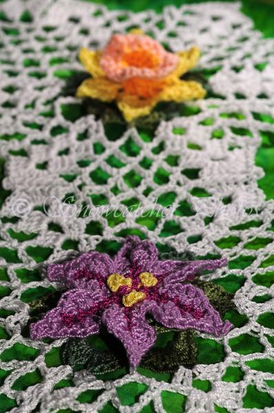 "<a href=""http://www.snowcatcher.net/2015/08/spring-star-flower-monday.html"" target=""_blank"">Spring Star Flower Snowflake</a>"