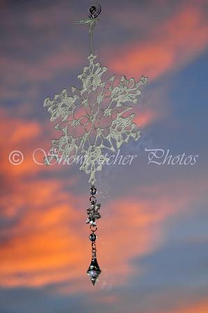 """<a href=""""http://www.snowcatcher.net/2010/12/snowflake-monday.html"""" target=""""_blank"""">King's Crown Snowflake</a>"""