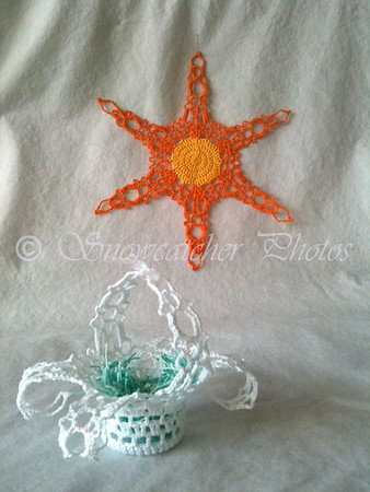 Sunlight Peak Snowflake Basket and Sunflake