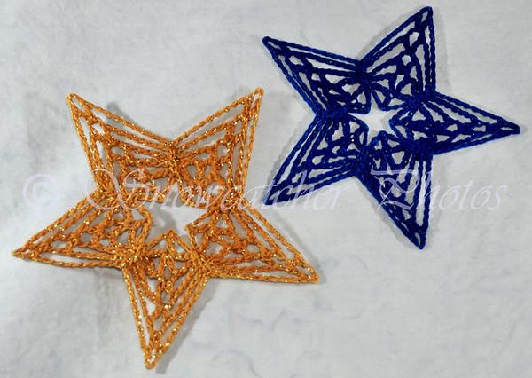 "<a href=""http://www.snowcatcher.net/2010/11/starflake-monday.html"" target=""_blank"">Starflake</a>"