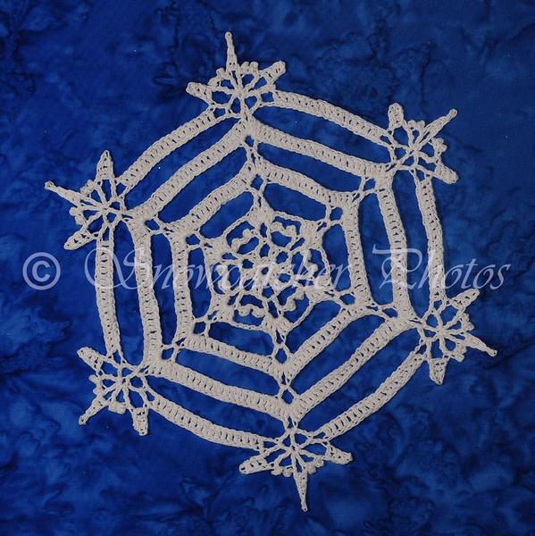 "<a href=""http://www.snowcatcher.net/2016/03/snowflake-monday.html"" target=""_blank"">Serenity Snowflake</a>"