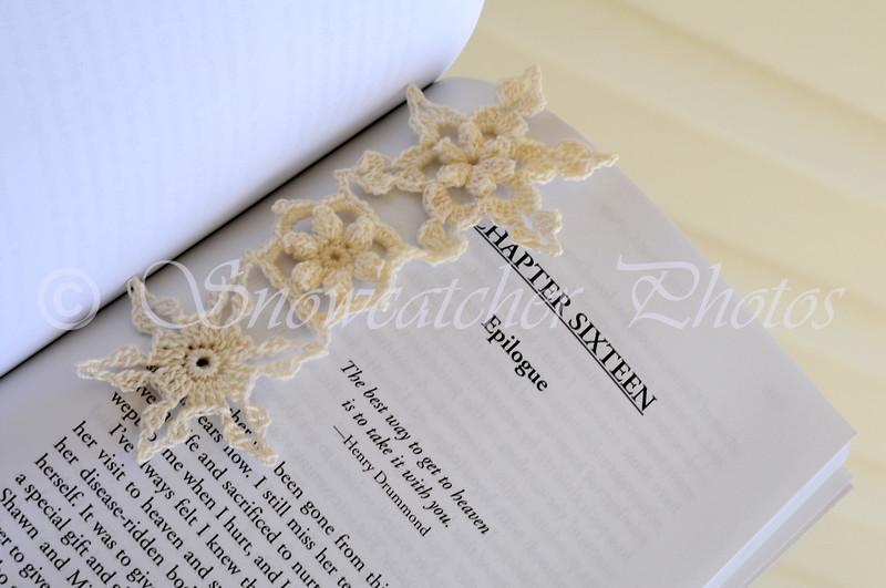 "<a href=""http://www.snowcatcher.net/2015/03/snowflake-monday_16.html"" target=""_blank"">Garden Snowflake Bookmark</a>"