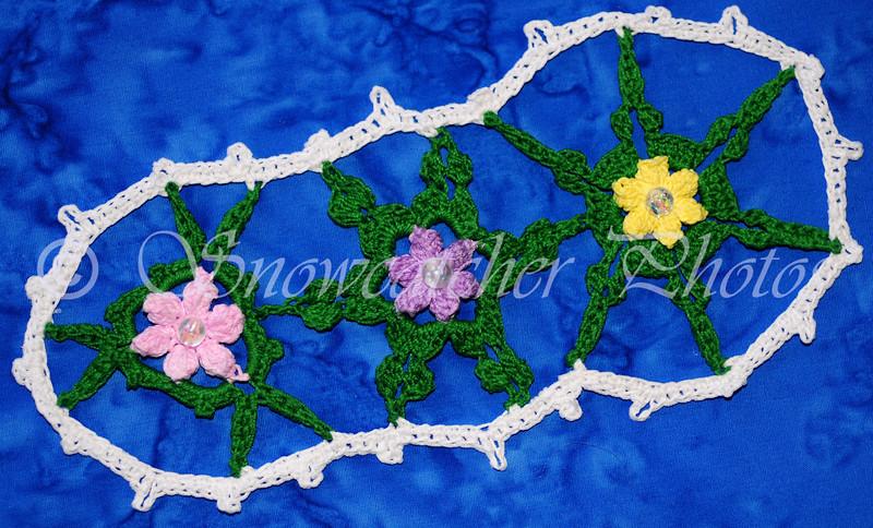 "Gardenized <a href=""http://www.snowcatcher.net/2015/03/snowflake-monday_16.html"" target=""_blank"">Garden Snowflake Bookmark</a>"
