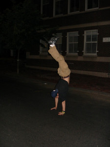 Pedro's Handstand ... May 28, 2005