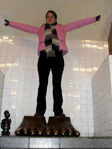 Christine, its hard to fly with those feet - New York, NY ... January 3, 2006 ... Photo by Rob Page III