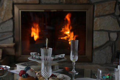 A fine Christmas morning by the fire - Chagrin Falls, OH ... December 25, 2008 ... Photo by Bob Page Jr.