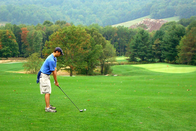 A drive from the fairway - McHenry, MD ... September 13, 2008 ... Photo by Rob Page III