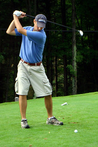 Christiaan tees off - McHenry, MD ... September 13, 2008 ... Photo by Rob Page III