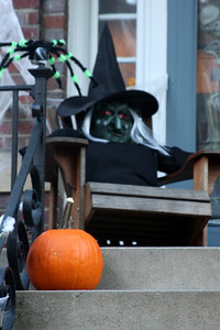 If you're from Chagrin don't take this pumpkin.  The witch will get you - Washington, DC ... October 31, 2008 ... Photo by Rob Page III
