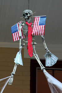 Of course the skeleton is patriotic.  This is DC - Washington, DC ... October 31, 2008 ... Photo by Rob Page III