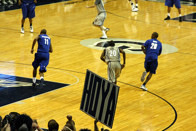 Hoya Basketball - December 13, 2008 ... Photo by Rob Page III