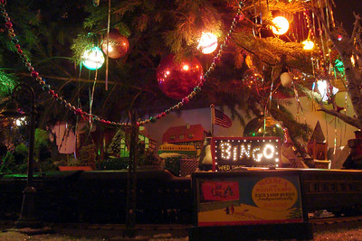 The Paradise's Christmas display - Auburn, OH ... December 21, 2008 ... Photo by Rob Page III
