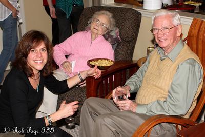 Patti with Grandma and Grandpa - Reading, PA ... November 26, 2009