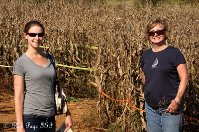 Emily and Mom at the Corn Maze in the Plains - The Plains, VA ... October 10, 2010 ... Photo by Rob Page III