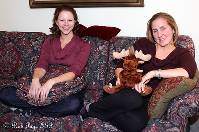 Heather and Emily hanging out - Chalfont, PA ... November 24, 2011 ... Photo by Rob Page III