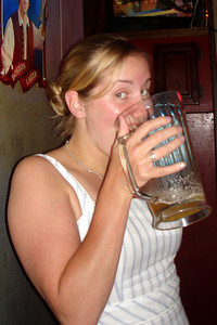 Heather at Millie & Al's - Washington, DC ... July 14, 2007 ... Photo by Rob Page III