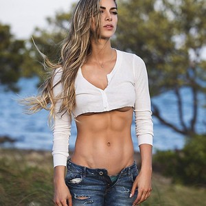 Anllela-Sagra-Hot--1024x1024