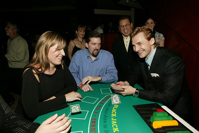 Sergei Fedorov as blackjack dealer, 2004