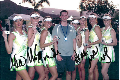 """With """"Sharapova lookalikes"""" who looked nothing like her"""