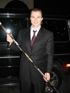 Sergei Fedorov celebrates his 1000 points in NHL, 2004