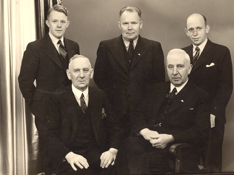Stjórn Skíðafélags Reykjavíkur 1939  1914-1939  25 ára  Kristján Skagfjörð Eirírkur Beck Einar L.H. Muller