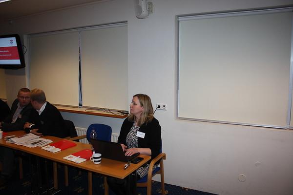 Formannafundur ÍSÍ, haldinn 14. nóvember 2014 í Íþróttamiðstöðinni í Laugardal. Halla Kjartansdóttir skrifstofustjóri ÍSÍ, fundarritari Formannafundar ÍSÍ 2014.
