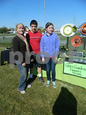 Left to right: Saurie, Amanda, and Connor Sovejoy