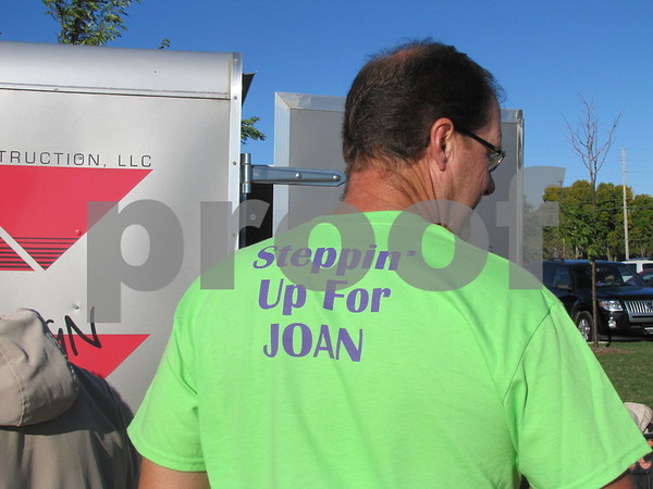 Eric Larson of team 'Steppin Up for Joan'