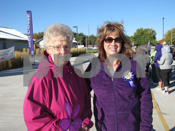 Evelyn Jacobson with Amy Von Bank of the Alzheimer's Association.