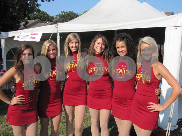 Iowa State cheerleaders Kristine Berte, Kate Britten, Megan Behr, Jenna Berg, Bailey Kanne, and Ally Tack.