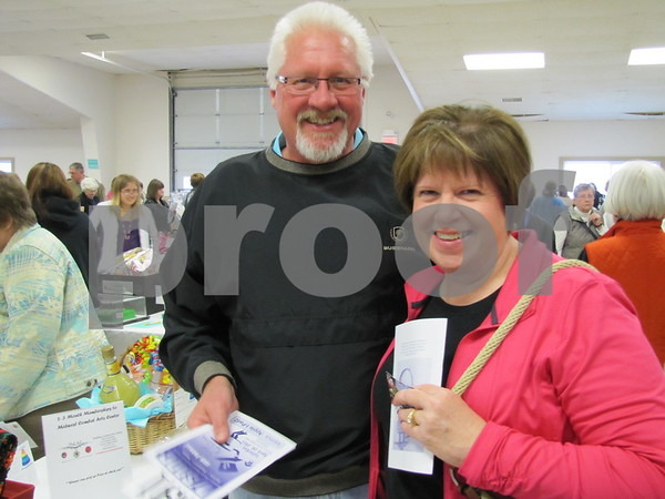 Ron and Diane Grebner attended the D/SAOC cake auction.