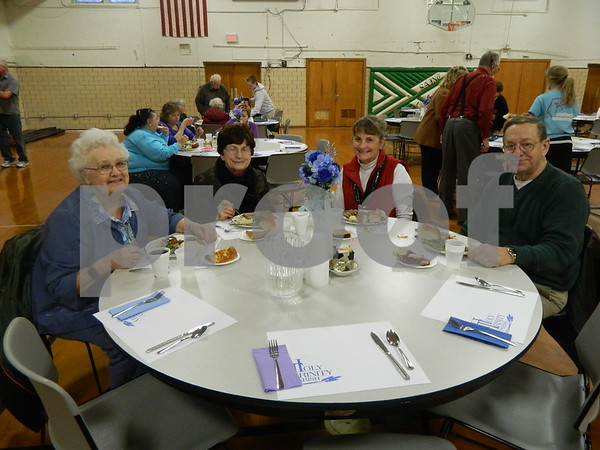 left to right: Mary Gena Lannon, Dorothy Thoma, Sandy and Kurt Wilke