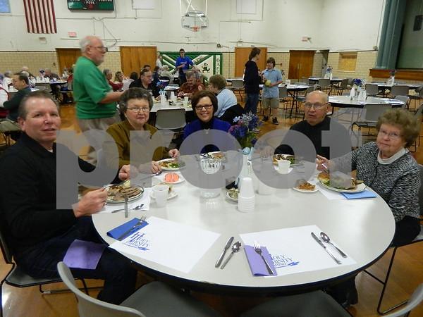 left to right: Steve Heddinger, Joyce Heddinger, Deb Heddinger, Ron Webb, Shirley Webb