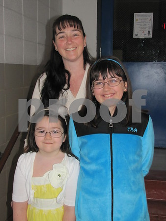 Chris Tiernan with her daughters Lizzy and Alex