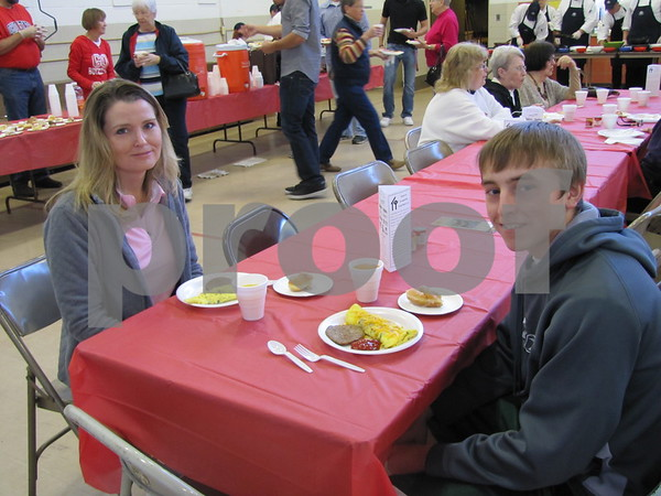 Deann and Michael Faiferlick attended the Omelet Breakfast with Santa fundraiser for YSC.