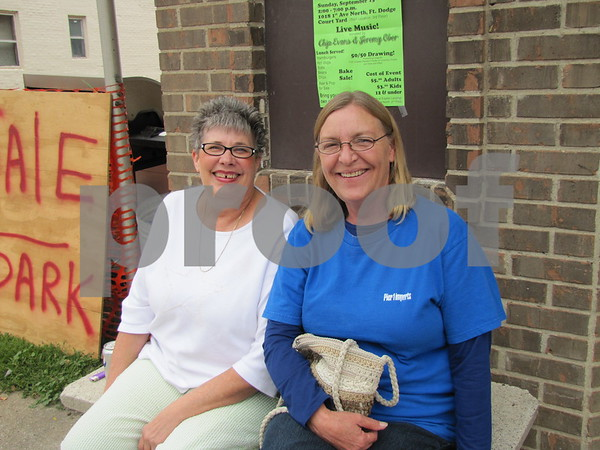 Carol Link, local auxiliary secretary, and Jan Peterson