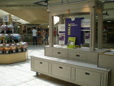 Walk to End Alzheimer's display at the Columbia Mall. Thanks to Columbia Mall for contributing such a wonderful promotional opportunity!