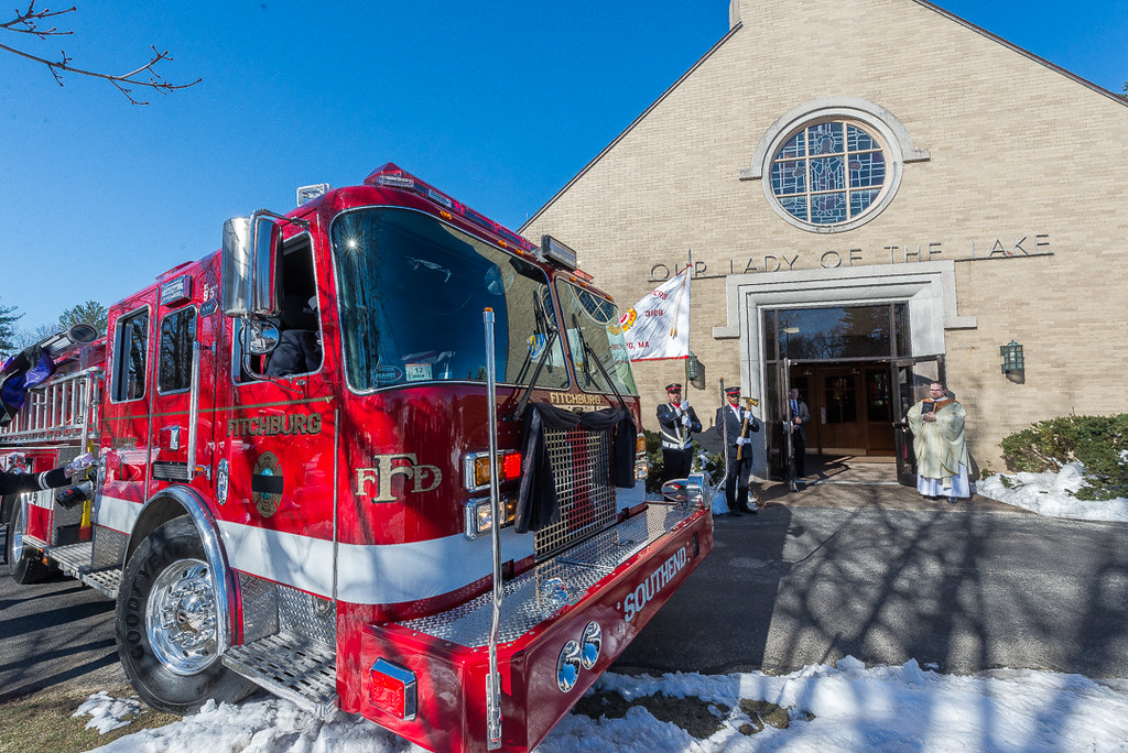 . Fitchburg Engine 1 pulls into the church. SENTINEL & ENTERPRISE / Jim Marabello