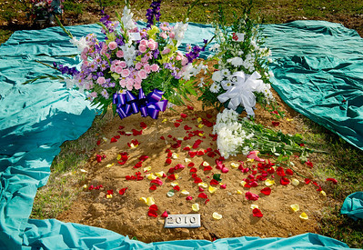 1205_NWS_LDN-L-COUNTYBURIAL08