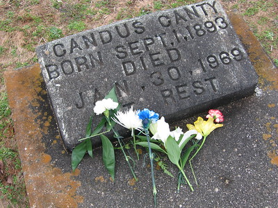 Canty Candus headstone