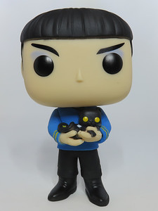 Funko POP! Television #1142 Star Trek Original Series Spock with Cat - Funko Exclusive