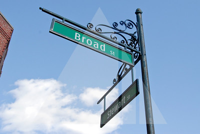 Varina District, Broad Street & Stewart Street sign