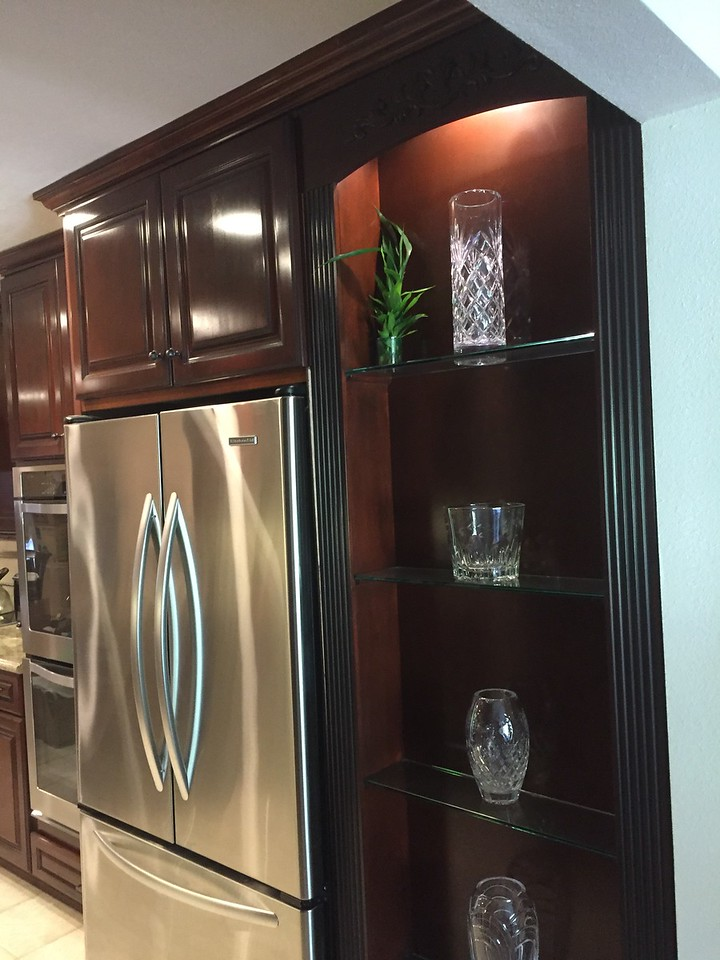 Glass shelving Cabinet